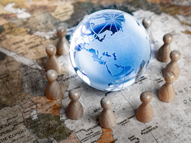 Advice for overseas expansion to member companies